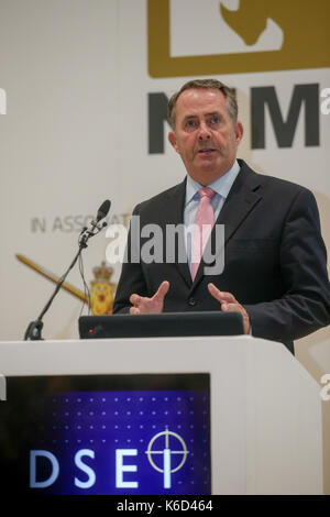London, Großbritannien. 12. September 2017. Die Rt Hon Liam Fox, MP, Staatssekretär für internationalen Handel spricht - Stockfoto
