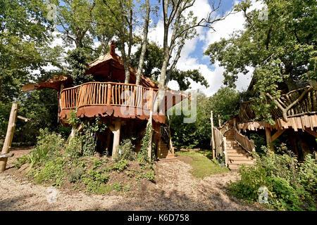 Ditchling Sussex, UK. 12 Sep, 2017. Einen neuen Baum Haus hat bei Blackberry Holz, Campingplatz in der Nähe von - Stockfoto