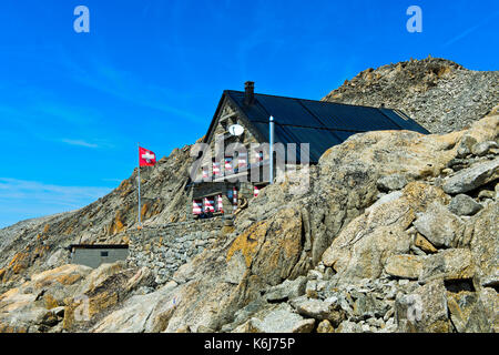 cabane du trient walliser alpen schweiz stockfoto bild 62790225 alamy. Black Bedroom Furniture Sets. Home Design Ideas