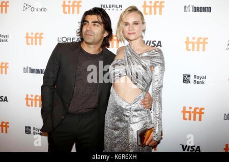 """Toronto, Kanada. 12 Sep, 2017. Regisseur Fatih Akin und Diane Kruger an der """"fade"""" Premiere während der 42 Toronto - Stockfoto"""