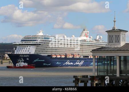 Gravesend, Kent, Großbritannien. 13 Sep, 2017. Die größte Kreuzfahrtschiff zu je London International Cruise Terminal - Stockfoto