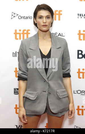 """Toronto, Kanada. 12 Sep, 2017. Gemma Arterton die Teilnahme an der """"Escape""""-Premiere während der 42 Toronto International - Stockfoto"""