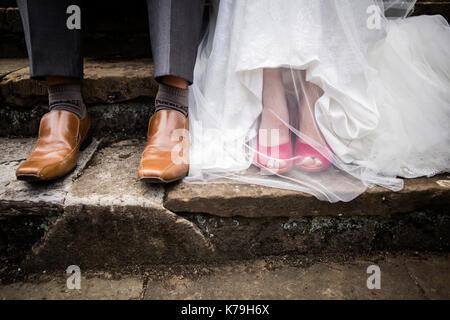 Braut und Bräutigam coole Schuhe - Stockfoto