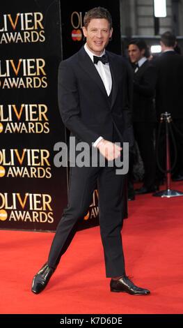Foto © gutgeschrieben werden Alpha Presse 078237 03/04/2016 James Norton Olivier Awards 2016 am Royal Opera House - Stockfoto