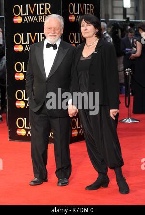 Foto © gutgeschrieben werden Alpha Presse 078237 03/04/2016 Kenneth Cranham Olivier Awards 2016 am Royal Opera House - Stockfoto