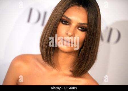 Emily ratajkowski besucht 3. jährlichen Diamond's Rihanna ball Clara lionel Stiftung bei Cipriani wall street profitiert - Stockfoto