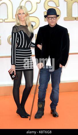 Foto muss Gutgeschrieben © Alpha Presse 078237 18.09.2017, Claudia Schiffer und Matthew Vaughn an der Kingsman der - Stockfoto