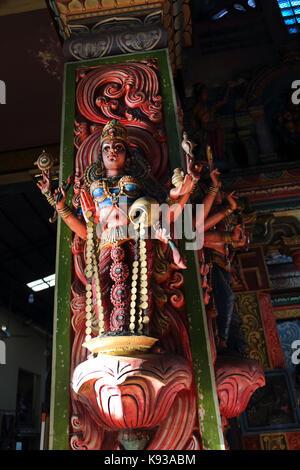 Pettah Colombo Sri Lanka Neue kathiresan Kovil Tempel für Krieg Gott murugan Statue Lakshmi hinduistische Göttin - Stockfoto