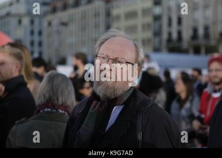 Berlin, Deutschland. 22 Sep, 2017. Wolfgang Thierse, der ehemalige Präsident des Deutschen Bundestags, wird an der - Stockfoto