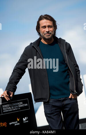 "San Sebastian, Spanien. 25 Sep, 2017. Schauspieler Jordi Molla am fotoshooting der ""Operacion Concha' während der - Stockfoto"