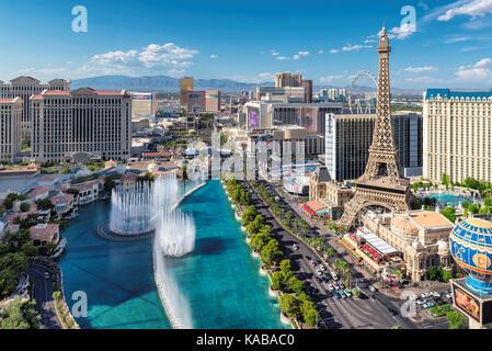 Luftbild des Las Vegas Strip, an einem sonnigen Tag - Stockfoto
