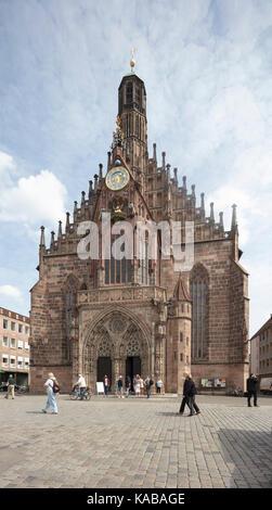 """Die Frauenkirche ('Kirche Unserer Lieben Frau"""") Kirche in Nürnberg, Deutschland. - Stockfoto"""