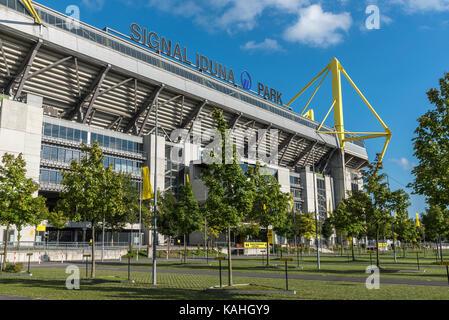 Signal Iduna Park, BVB-Stadion, Dortmund, Ruhrgebiet, Nordrhein-Westfalen, Deutschland - Stockfoto