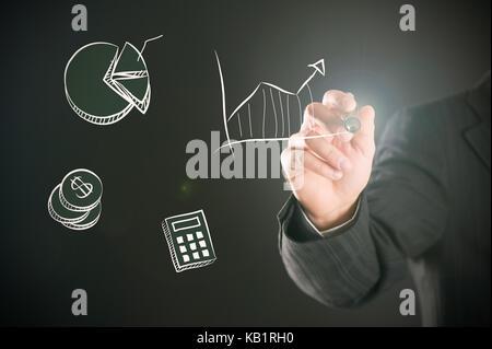 Geschäftsmann schreiben Wort Traum und Erfolg auf dem Whiteboard - Stockfoto