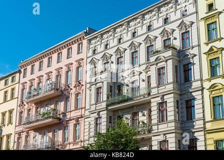 Renovierte alte Häuser am Prenzlauer Berg in Berlin, Deutschland - Stockfoto