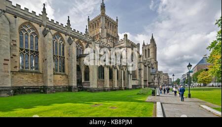 BRISTOL ENGLAND CITY CENTRE COLLEGE GREEN Kathedrale von Bristol