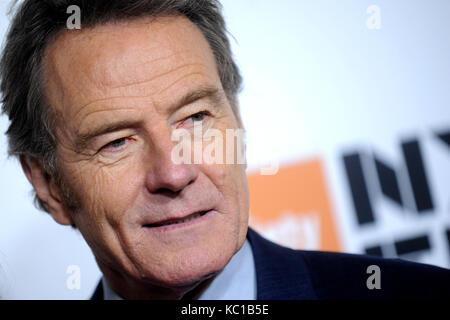 """Bryan cranston besucht die 55th New York Film Festival mit dem """"letzten Flagge' Weltpremiere in der Alice Tully - Stockfoto"""