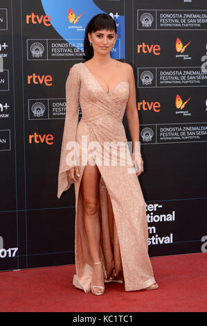 """Penelope Cruz besucht die Premiere von """"Loving Pablo"""" während des 65. Internationalen Filmfestivals Sebastian im - Stockfoto"""
