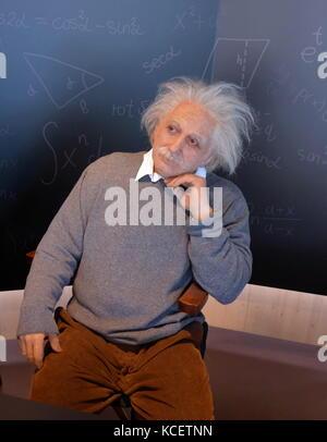 Wachs Skulptur (waxwork) von Albert Einstein (1879-1955), deutscher theoretischer Physiker geboren. Entwickelte - Stockfoto