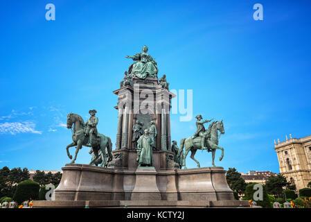 Denkmäler Kaiserin Maria Theresia, Sisi. Wien Österreich - Stockfoto