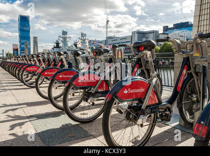 London Fahrräder an der Canary Wharf. - Stockfoto