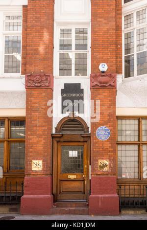 Blaue Plakette außerhalb Greenwood House, Salisbury Court, London City, Standort erste Sonntag Zeiten waren von - Stockfoto