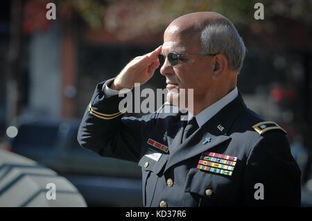 Us-Armee maj.gen.Robert e. Livingston, jr., der Adjutant General für South Carolina und US Air Force brig. gen. - Stockfoto