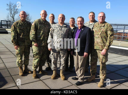 Us-Armee maj.gen.Robert e. Livingston, jr., der Adjutant General für South Carolina, verbindet Fellow allgemeine - Stockfoto