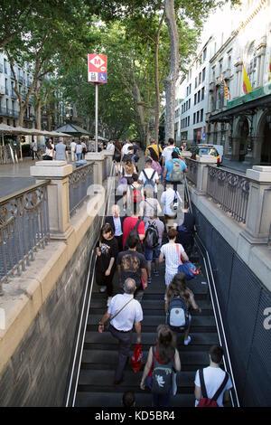 U-Bahn oder der U-Bahn auf der Rambla Catalunya Barcelona Spanien - Stockfoto