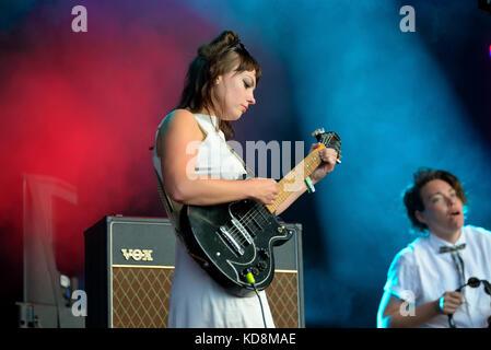 Barcelona-Jun 3: Engel Olsen (Sänger) führt im Konzert an Primavera sound Festival 2017 am 3. Juni 2017 in Barcelona, - Stockfoto