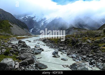 Eine malerische Aussicht auf die Berge in Neuseeland - Stockfoto