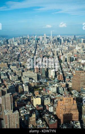 Eine Luftaufnahme von Manhattan (New York City) Skyline von der Einen Welt Sternwarte oberhalb des One World Trade - Stockfoto