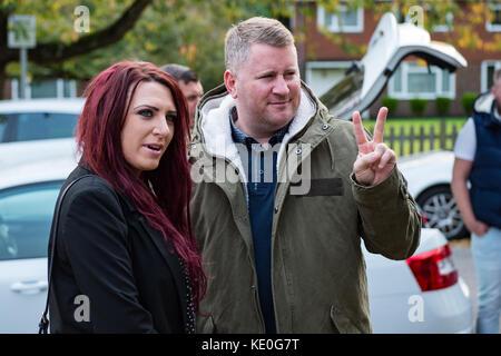 Sevenoaks, Großbritannien. 17 Okt, 2017. Großbritanniens erste Führer Paul Golding und Stellvertretende Fraktionsvorsitzende - Stockfoto