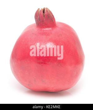 Rohen Granatapfel auf weißem Hintergrund - Stockfoto