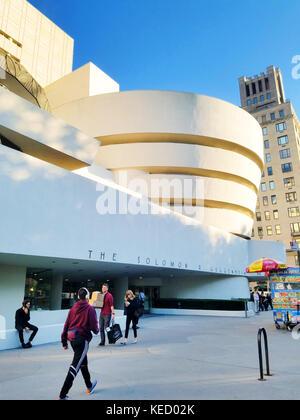 Der Solomon R. Guggenheim Museum, New York City - Stockfoto