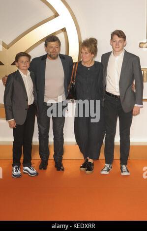 """Weltpremiere von """"kingsman: Der golden circle"""" im Odeon Leicester Square in London. Mit: Andy Serkis, Lorraine Ashbourne, - Stockfoto"""