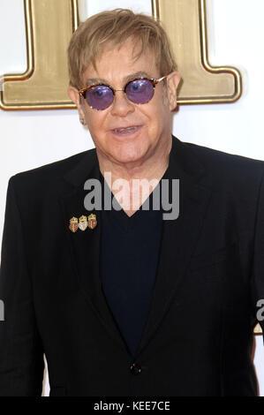 "Sep 18, 2017 - Elton John die Teilnahme an 'Kingsman: Der Golden Circle"" Weltpremiere, Leicester Square in London, - Stockfoto"