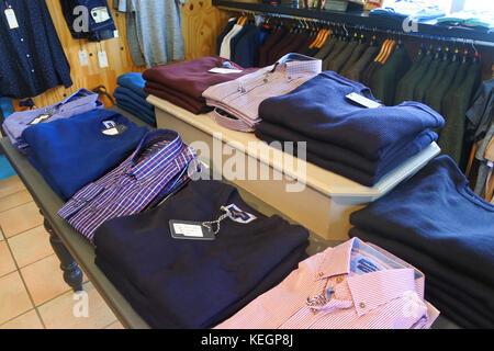 Innenraum der männerkleidung Abt., Avoca, Molls Gap, County Kerry, Irland - Johannes gollop - Stockfoto