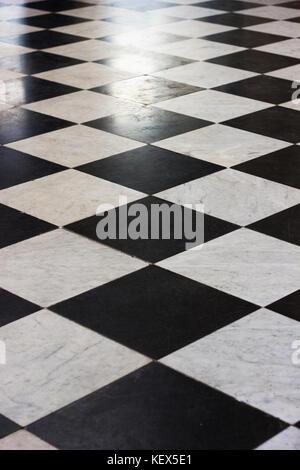 Chequer board Bodenfliesen - Stockfoto