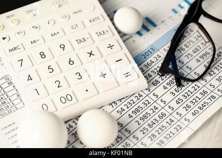 Rechner charts Rundung konzeptionelle Kugeln Nummern - Stockfoto