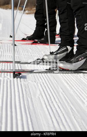Usa, Utah, Midway, Soldier Hollow, lernen, wie Biathlon, Detail der skiis, Skischuhe und Stöcke - Stockfoto