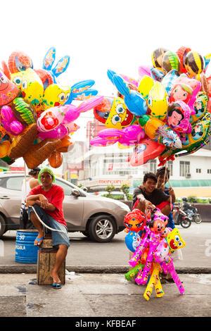 Philippinen, Manila, qulapo Bezirk, Ballons für Verkauf an den quina Markt - Stockfoto