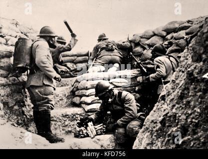 Französische Soldaten in den Schützengräben Frankreich 1916 der Erste Weltkrieg - der Erste Weltkrieg ist der Große - Stockfoto