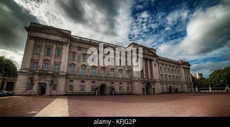 London, Großbritannien - 2 August, 2017: Buckingham Palace - Stockfoto