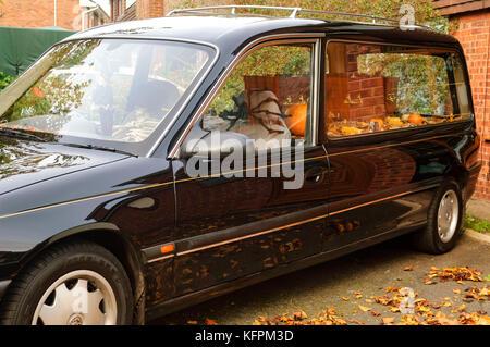 Wirral, Großbritannien. 31. Oktober 2017. Halloween Display außerhalb eines Hauses hat auf eine neue Ebene gehoben - Stockfoto
