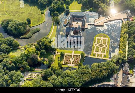 Isselburg, Niederrhein, Romantik Parkhotel Wasserburg Anholt, Museum Wasserburg Anholt, mit barocken Karten, Wasserburg - Stockfoto