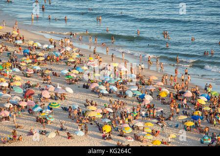 Strand von Ipanema, Rio de Janeiro, Brasilien, Südamerika - Stockfoto