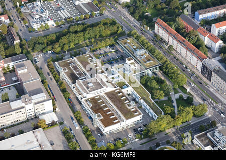 Luftaufnahme der BMW Niederlassung München, BMW Niederlassung München, Deutschland - Stockfoto