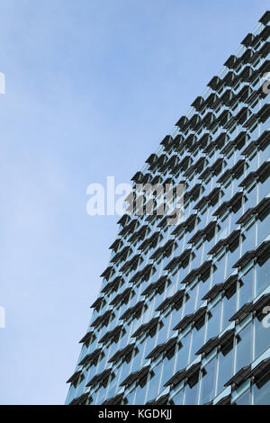 Industrielle Klimatechnik - skyscraper Rooftop View in Tokio, Japan ...