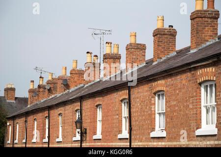 UK, Chester, identicle Dächer und Häuser. - Stockfoto
